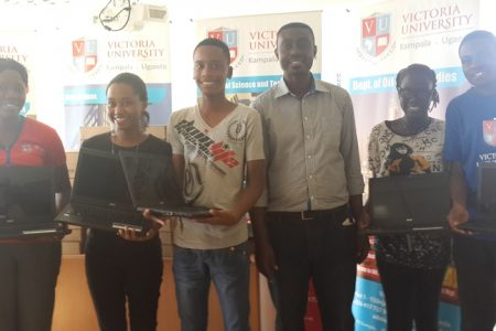 Victoria University students to benefit from free laptops