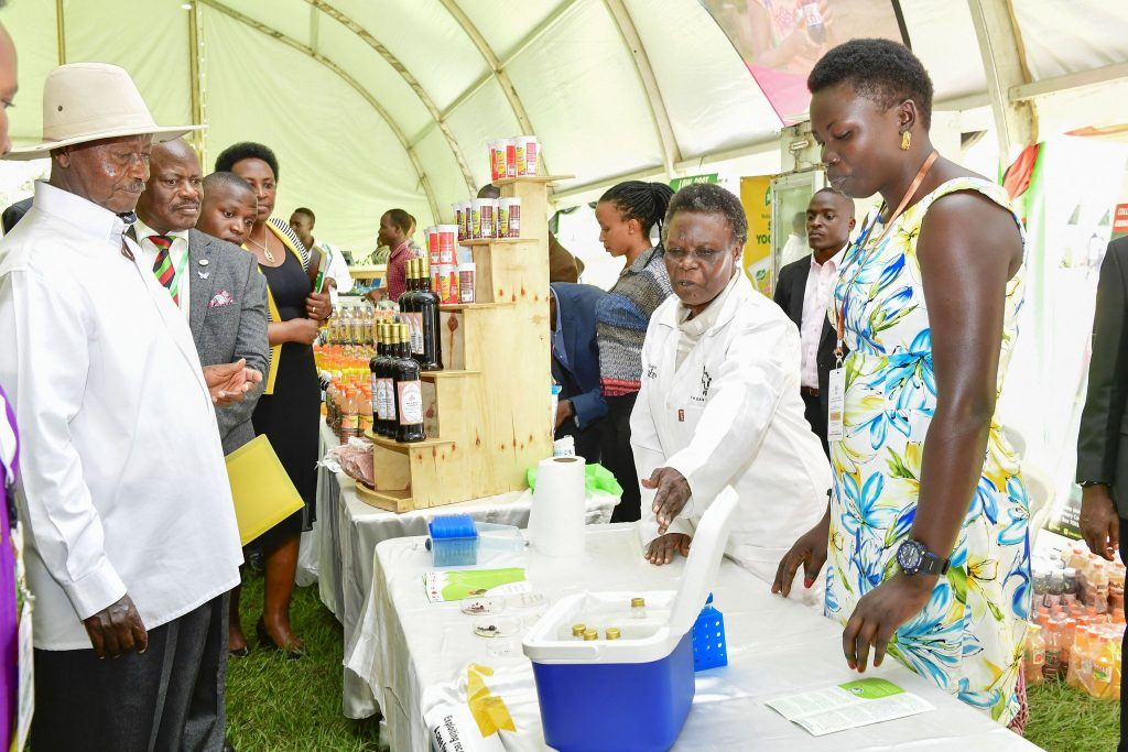 """This picture was taken on Wednesday 25th September, 2019  in the Freedom Square while presiding over the Makerere University Agricultural Day and Exhibition. The event was held under the theme: """"Enhancing Youth involvement in Agriculture to Mitigate Increasing Food insecurity and unemployment in Uganda"""". The Agricultural Day and Exhibition was a university wide event spearheaded by students from the College of Agricultural and Environmental Sciences (CAES) aimed at refocusing the youth towards active involvement in Agriculture.  The Gen. Yoweri Kaguta Museveni  invited Makerere researchers to Statehouse after the Independence Anniversary celebrations this month to discuss how the University's technologies and innovations can be scaled up to cause transformation in the agricultural sector. He also directed the line Ministries including the Ministry of Science, Technology and Innovations to be part of this meeting to forge a way of establishing a Government fund to support graduate training especially the science disciplines."""
